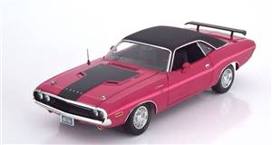Dodge Challenger R/T 1970 pink/black Limited Edition 600 pcs.