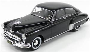 OLDSMOBILE - ROCKET 88 CLUB SEDAN 1949